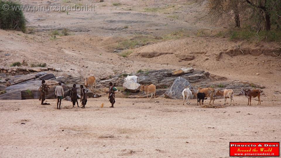 3 etiopia 2009 ethiopia 810 il letto del fiume in secca - Letto di un fiume in secca ...