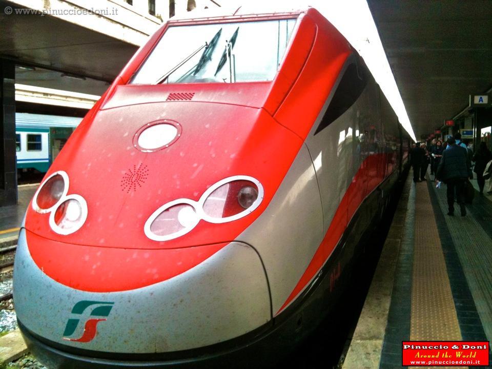 Roma e vaticano 2 roma 423 stazione termini for Affitto ufficio roma stazione termini